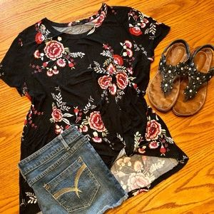 Women's Floral Knot Top